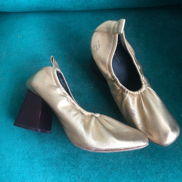 Celine soft ballerina heels gold 36